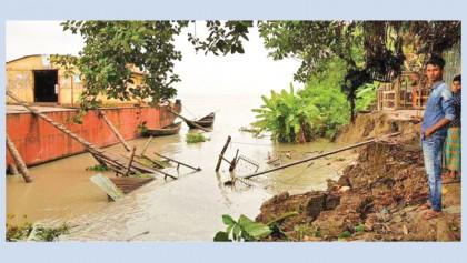 Baleshawer washes away Pirojpur steamer ghat