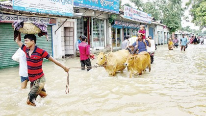 Swelling rivers add to woes for people