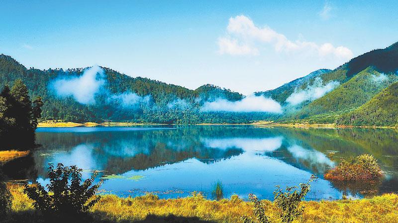 Dhanmondi lake dating sim
