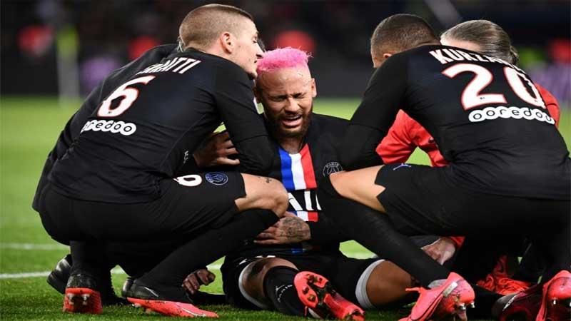 PSG's Neymar a Champions League doubt for Dortmund last 16 trip
