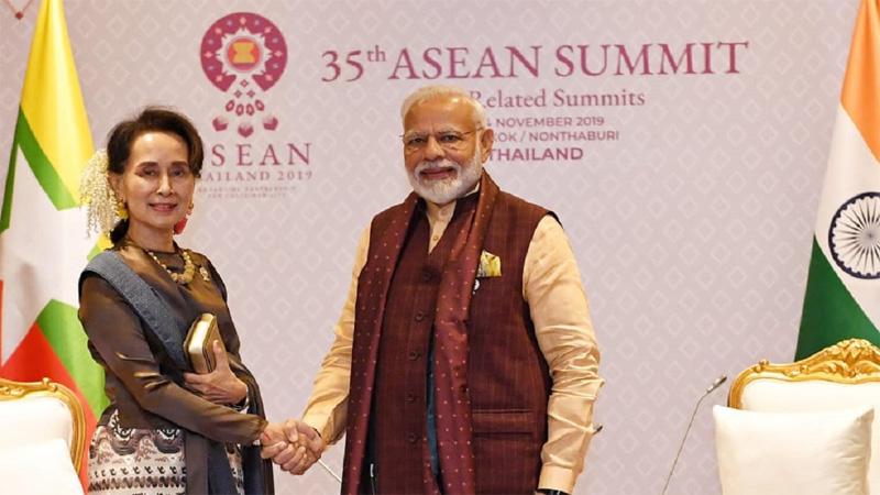 Modi tells Suu Kyi about importance of quick Rohingya repatriation