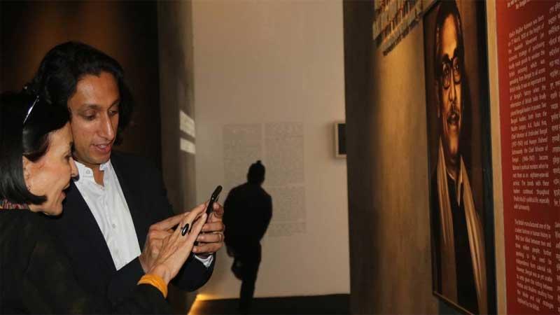 Radwan Mujib visits Dhaka Art Summit