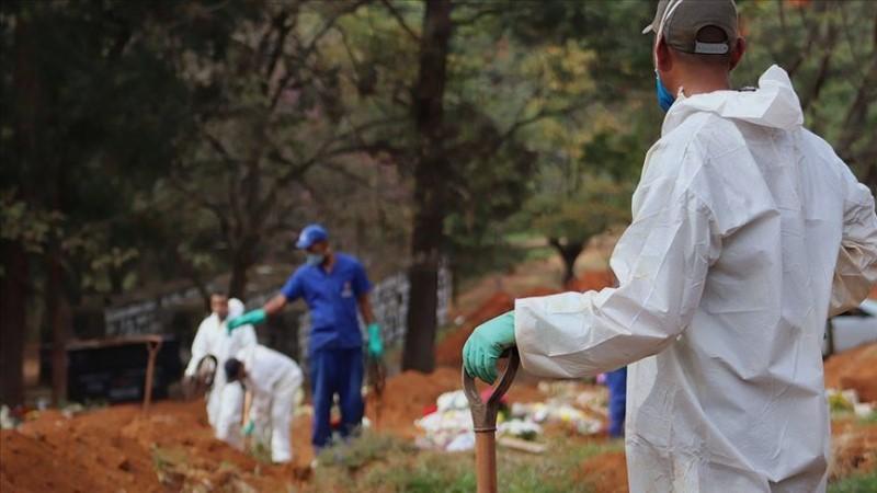 Brazil's Covid-19 death toll tops 132,000