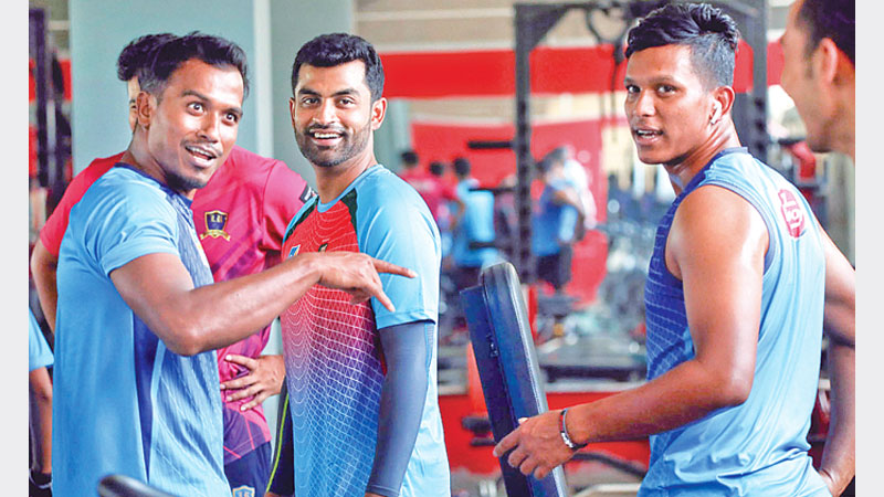 Abahani, Rupganj face off in crucial super league tie today