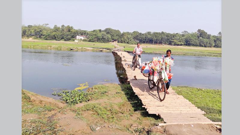 Absence of permanent bridge spells hassles