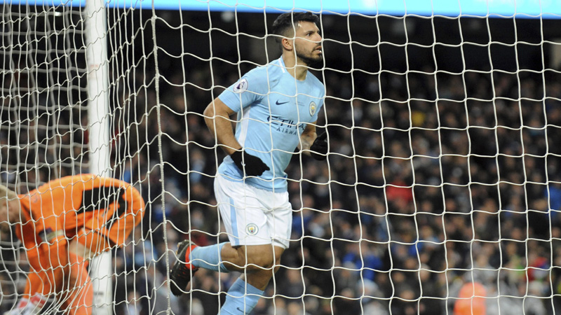 Man City thrashes Leicester 5-1