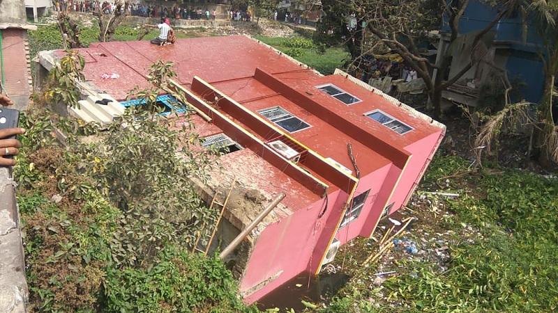 Three-storey building collapse in Keraniganj