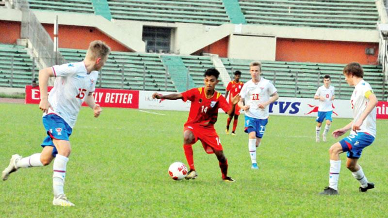 Bangladesh brighten chances to lift title