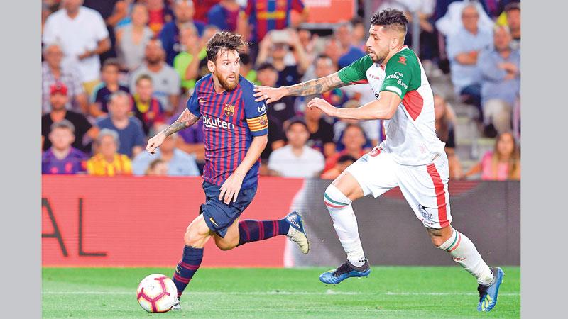 Barcelona off to winning start
