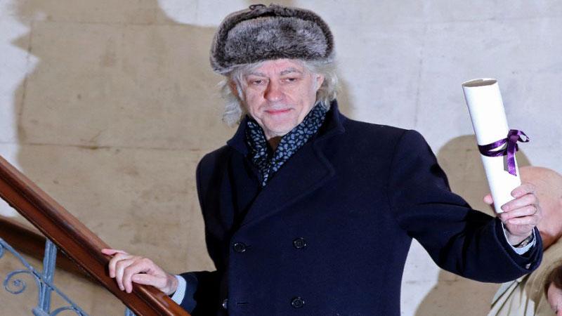 Bob Geldof returns Dublin honour in Suu Kyi protest