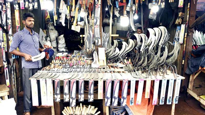 Brisk business for Rajshahi blacksmiths ahead of Eid