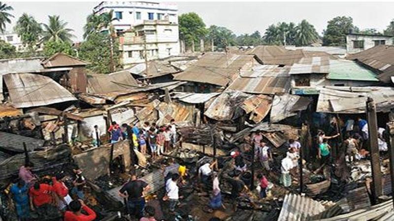 Fire guts 20 shops in Chandpur