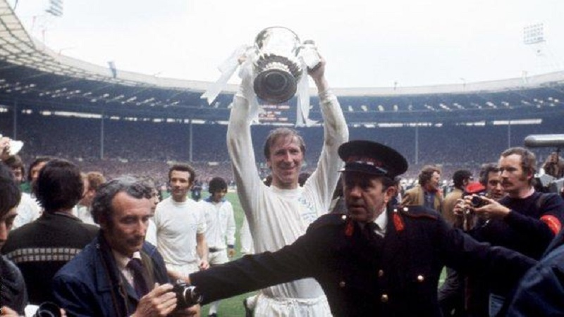 Football great Jack Charlton dies aged 85