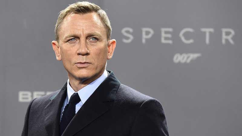 Daniel Craig to return as 007 in 2019