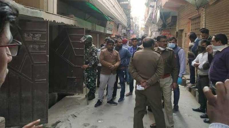 5 of family found dead in Delhi