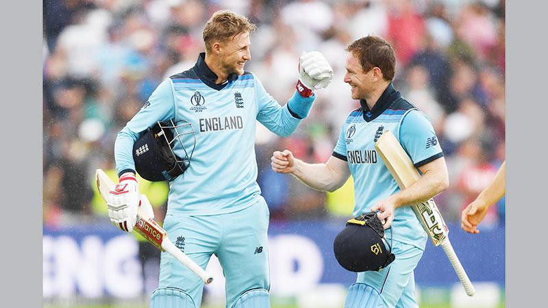 England demolish Australia to reach first WC final in 27 years