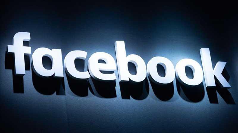 Facebook suspends hundreds of apps over data concerns