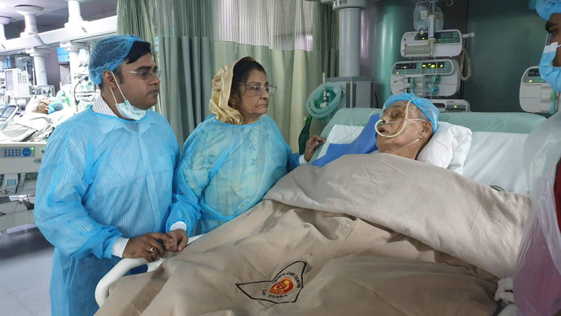 Ershad opens his eyes