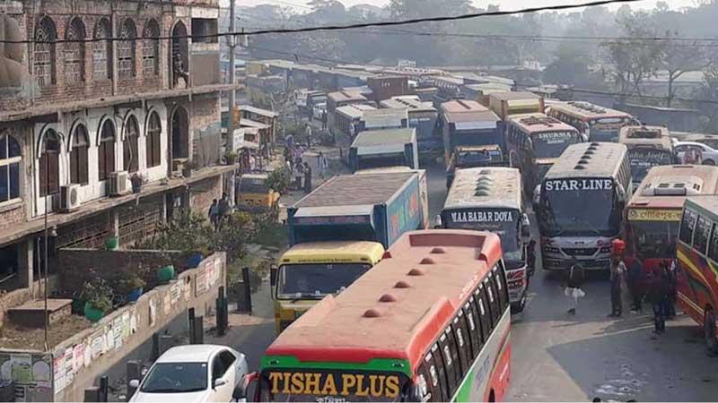 20-km tailback on Dhaka-Chattogram highway
