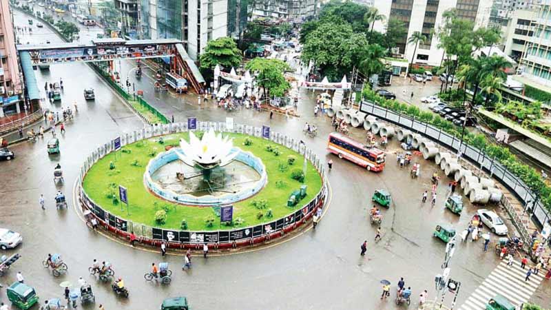 Holidays bring Dhakaites respite