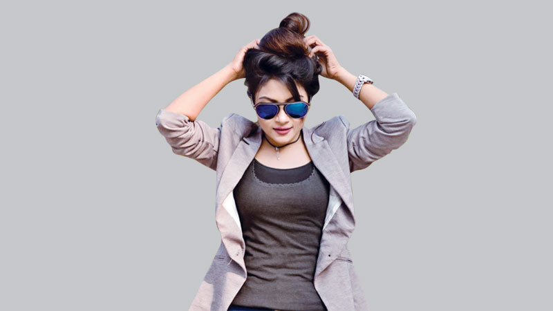 Bengali sexy actress Irin Afrose Height, Weight, Age, Body Measurement, Wedding, Bra Size, Husband, DOB, instagram, facebook, twitter, wiki