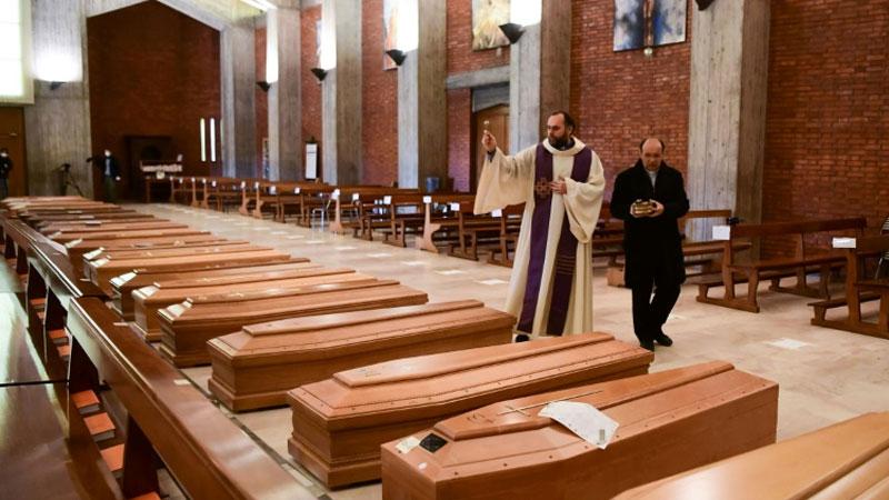 Italy death toll pass 10,000 despite long lockdown