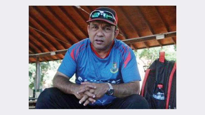 Coach Mahmud hopes Abahani to regain DPL title after four yrs. Khaled Mahmud Sujon
