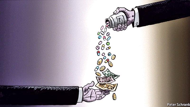 Luxury item expenditures are keys to societal corruption