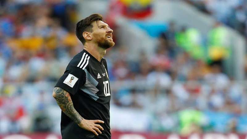 Missed penalty 'hurts': Messi