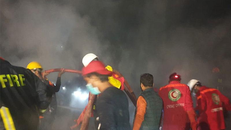 Dhaka's Mohakhali Sattola slum fire contained