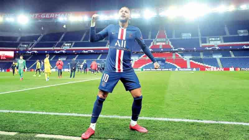 Paris Saint-Germain see off Dortmund to reach last 8