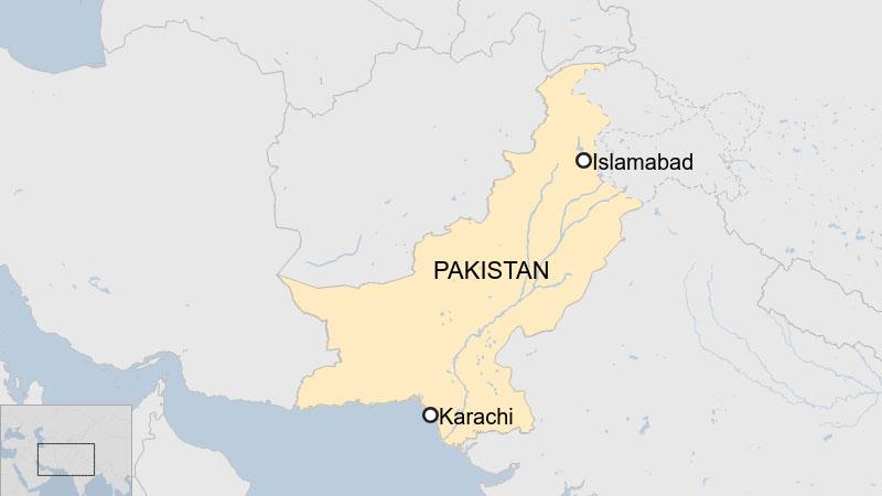 Pakistan attack: 'Gunmen killed' in raid on stock exchange in Karachi
