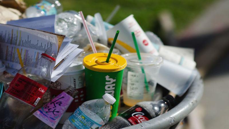 EU parliament approves ban on single use plastics