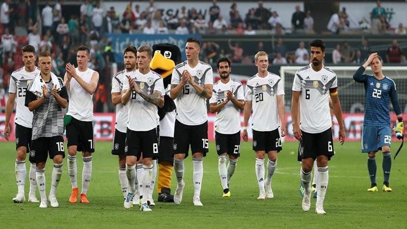 Mesut Ozil out of Germany's Saudi Arabia clash