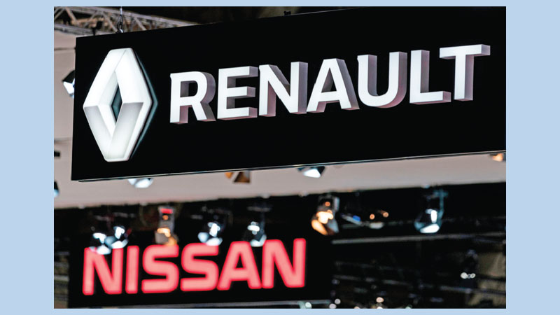 Renault reports first net losses in decade for 2019