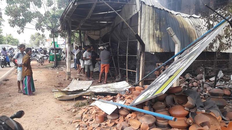 One killed in communal riots in SL despite nationwide curfew