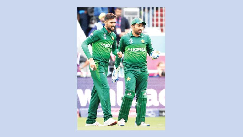 Sarfaraz not yet gives up Pakistan's revival hopes
