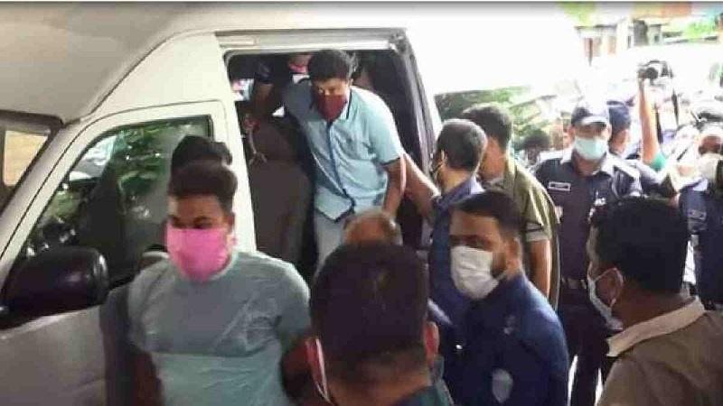 OC Pradeep, 6 others suspended over Sinha murder