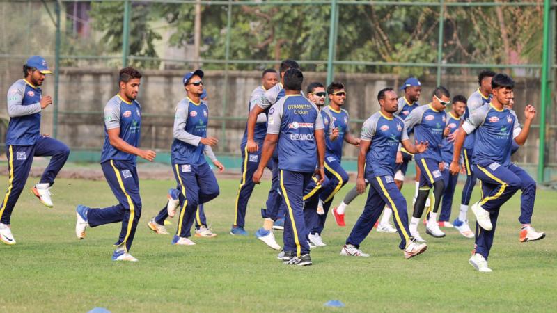 Star-studded Dhaka out to tame Khulna