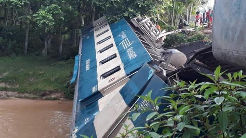 Moulvibazar train crash death toll rises to 5