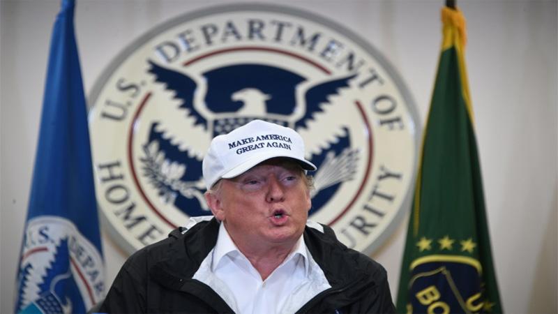 Trump visits border amid US shutdown wall row