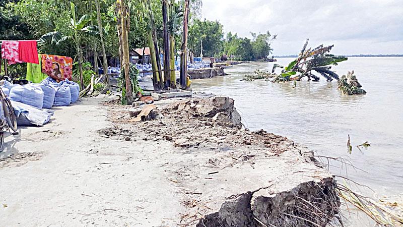 Teesta River  turns furious in Kurigram