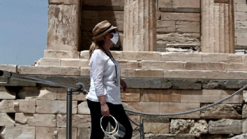 Coronavirus: Greece to reopen tourism season in June, PM says