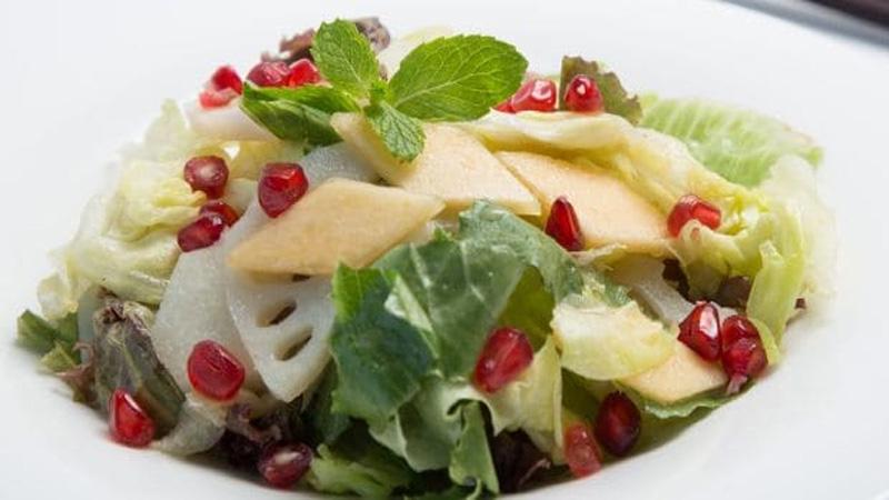 5 delicious apple salads for Diabetes diet