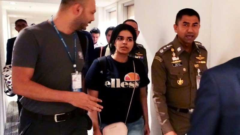 Canada takes in Saudi teen asylum seeker