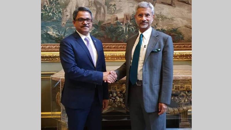 Shahriar Alam meets Indian FM Jaishankar in London