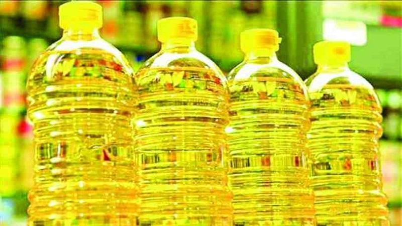 Govt re-fixes edible oil prices