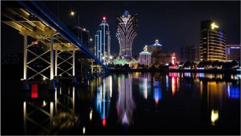 Coronavirus: World's biggest gambling hub reopens for business