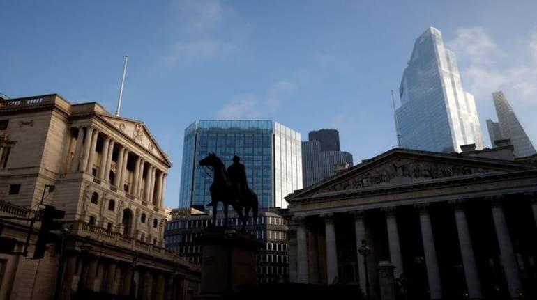 UK economy rebounds 0.4% in August: data