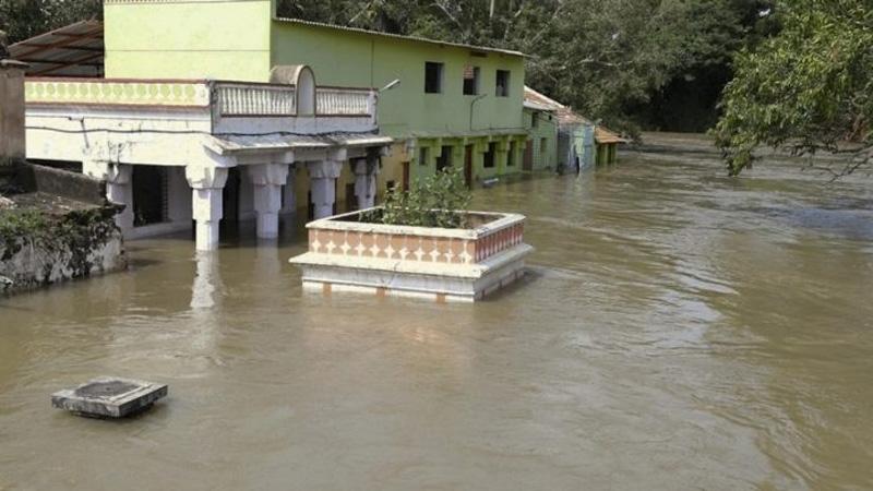 India monsoon flood death toll hits 244